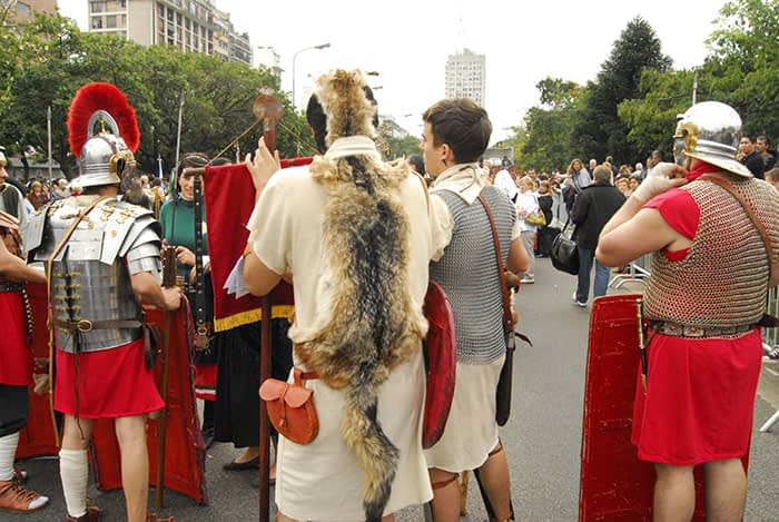 fig23 dia 3 035 desfile en espera